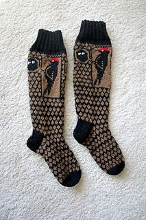 Ravelry: Palokärki * Black woodpecker pattern by Katja Makkonen Single Crochet Stitch, Basic Crochet Stitches, Crochet Basics, Knitting Socks, Baby Knitting, Baby Boy Booties, Finger Crochet, Crochet Bows, How To Start Knitting