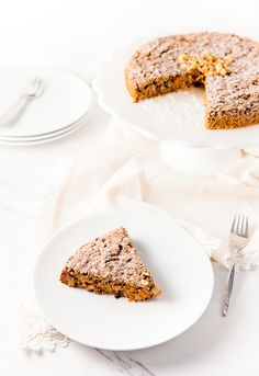 rustic carrot cake, cake, recipe, vegan, vegetarian, whole food plant based, wfpb, gluten free, oil free, refined sugar free, no oil, no dairy, dessert, sweets, dinner party, entertaining, simple, healthy