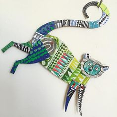 Paper Animals by Clare Youngs - Paper Illustration by Clare Youngs Estás en el lugar correcto para diy face mask Aquí presentamos - Art Lessons For Kids, Artists For Kids, Art For Kids, Art Children, Cardboard Sculpture, Cardboard Art, Animal Art Projects, Paper Puppets, Ideas Prácticas