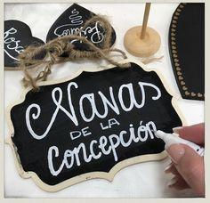 Este finde llega la #bodaLOVE de MA+R, en esta ocasión uniremos Cádiz y Navas de la Concepción...y algo estamos tramando.  Besiiiiitos y feliz semana,  LOVE #contamoshistoriasdeamor #love #amor #pizarra #chalkboard #chalk #happy #feliz #handmade #deco #decor #Cádiz #candybar #chocolate #we #wedding #weddingdress #weddingideas #weddingplanner #boda #bodasunicas #bodasbonitas #lettering #diseño #fashion #fashionblogger #moda