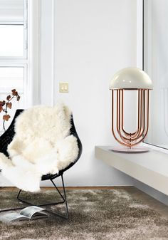tina_turner_unique_sideboard_art_deco_lamp
