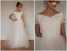 Gorgeous Vintage 50s 60s White Wedding Gown with Full Tulle Skirt and Lace Bodice by Cahill LTD, Beverley Hills - XSj on Etsy, $680.24 AUD