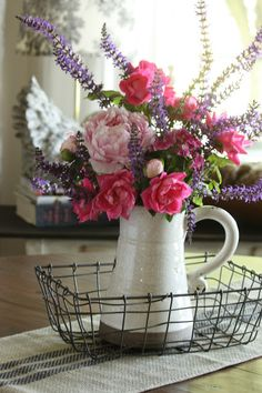 StoneGable: SUMMER FLOWERS IN THE KITCHEN