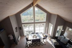 Skogen rett i stua - Bjertnæs Divider, Windows, Room, Furniture, Home Decor, Bedroom, Decoration Home, Room Decor, Rooms