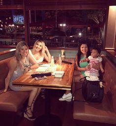 Girls night! Enfim conseguimos!!!! Amo demaaais!! #nossanoite #muitoamor #friends #love @lyviasouza @dicasbarbaraflora