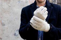 Cream crochet gloves