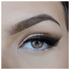 Smoked out winged liner Pinterest : @saritaaa2014