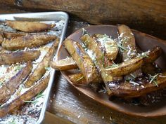 Get this all-star, easy-to-follow Roasted Russet Wedges with Balsamic Vinegar and Rosemary recipe from Nancy Fuller.