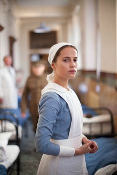 Alicia Vikander (Vera Brittain) - Testament of Youth (2015) directed by James Kent//