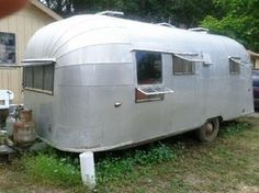 VINTAGE  1955 AIRSTREAM 22' FLYING CLOUD CLASSIC