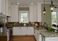 kitchen colors and backsplash tiles (I like the offset layout of the square tiles) Green Granite Countertops, Slate Backsplash, Kitchen Countertops, Eclectic Kitchen, New Kitchen, Kitchen Ideas, Kitchen Dinning, Kitchen Reno, Kitchen Inspiration