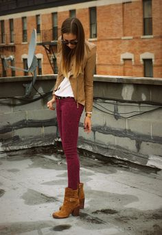 Skinny burgundy jeans + caramel jacket and booties