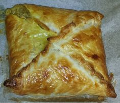 Chicken and Leek Pie Parcels recipe – All recipes Australia NZ Savoury Slice, Savory Tart, Savoury Pies, Chicken And Pastry, Chicken And Leek Pie, Puff Pastry Recipes, Sausage Rolls, Appetisers, Pavlova