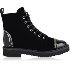Giuseppe Zanotti Zip Detail Military Boots (18.965 ARS) ❤ liked on Polyvore featuring shoes, boots, ankle booties, black, military boots, black zipper booties, black lace up booties, lace-up booties and combat booties