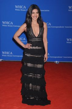 Pin for Later: Priyanka Chopra's Ladylike SAG Awards Gown Will Inspire You to Embrace Lace —and Pink Keep a Favourite Black Dress At the April 2016 White House Correspondents Dinner, Priyanka went for an all-time classic: the black dress. Hers was designed by Zuhair Murad.
