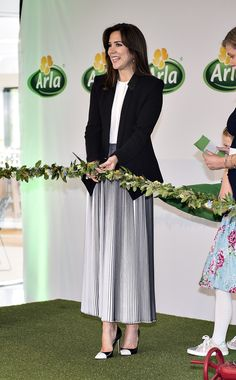 Crown Princess Mary of Denmark attends the opening of Arla Foods Global Innovation Centre (ASIC) at the Agro Food Park on May 16, 2017 in Aarhus, Denmark. Arla Foods is an international cooperative based in Viby, Denmark, and the largest producer of dairy products in Scandinavia.