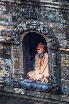 Возвышенной точки зрения, часто убедительно и драматично. Я ищу их везде, где я путешествую, из ресторана на крыше на вершинах холмов. В этот снимок, сделанный на месте священных Индуистских в мире в Катманду, ...