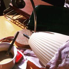 Bonne petite chine en bas de chez moi au soleil. #vintage #lucinevintage lucinevintage.com