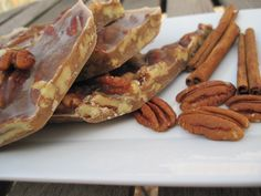 Thanksgiving Dessert: Chewy Pecan Pie Brittle – PaleOMG - Sites new Candy Recipes, Paleo Recipes, Holiday Recipes, Real Food Recipes, Cooking Recipes, Yummy Food, Paleo Sweets, Paleo Dessert, Paleo Food