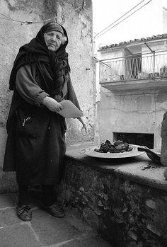 Italian Vintage Photographs ~Calabria Lamezia Terme - braciere