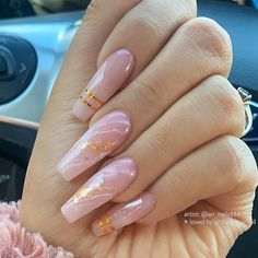 Rose Quartz Marble with Gold Accents on Coffin Nails Rose Quartz Nails, Quartz Rose, Rose Gold Nails, Diamond Nails, Gold Acrylic Nails, Summer Acrylic Nails, Nails With Gold, Gold Coffin Nails, Marble Acrylic Nails