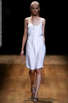 Josie Natori (Spring-Summer 2015) R-T-W collection at New York Fashion Week  #JosieNatori #NewYork See full set - http://celebsvenue.com/josie-natori-spring-summer-2015-r-t-w-collection-at-new-york-fashion-week/
