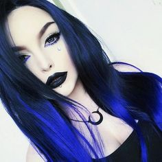 29 Hottest Caramel Brown Hair Color Ideas for 2019 - Style My Hairs Gothic Hairstyles, Diy Hairstyles, Pretty Hairstyles, Gothic Girls, Hot Goth Girls, Goth Hair, Grunge Hair, Goth Beauty, Dark Beauty
