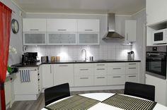 How Do You Start Your Kitchen Refurnishing? #DesignerKitchens #CustomKitchens