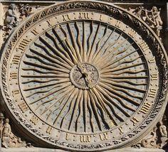 Chartres (Eure et Loir) - Cathédrale Notre-Dame - Horloge astronomique - cadran extérieur de 1520