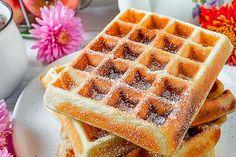 Tupperware, Waffles, Breakfast, Food, Basket, Morning Coffee, Essen, Waffle, Meals
