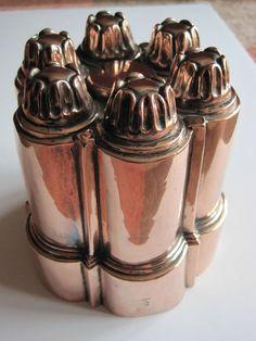 Antique Victorian Benham & Froud / W.S. Adams & Son Belgrave copper jelly mould