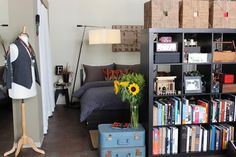 RJ & Francis' East/West Coast Loft — Pride at Home: House Tour Greatest Hits… Small Space Living, Small Spaces, Living Spaces, Small Appartment, Tiny Apartments, Studio Apartments, Studio Apartment Design, Loft House, Tiny House