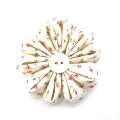 Little Livingstone: How to Make a Fabric Gerbera Daisy Flower