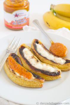 Plátanos asados con queso - Danza de Fogones