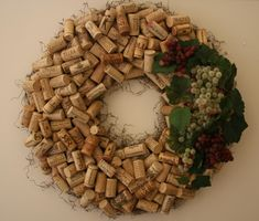 I am soooo going to make one of these.... just need to start drinking more wine!!!!!  Save your corks for me!!!!!