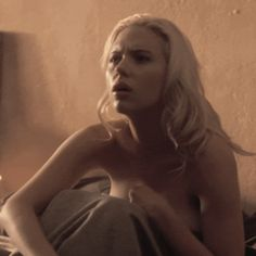 The 15 Sexiest GIFs Of Scarlett Johansson - Maxim