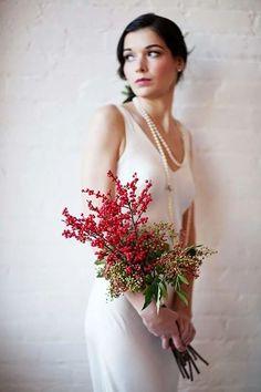 Christmas Wedding Bouquets, Winter Wedding Flowers, Wedding Table Flowers, Bride Flowers, Berry Wedding, Red Wedding, Floral Wedding, Wedding Ideas, Boho Wedding