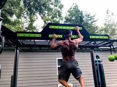 Cliff hanger grip options now available for the MoveStrong outdoor functional training station! Train like a ninja warrior and improve grip strength with this challenging feature. Customize your our MoveStrong outdoor FTS for your style training!