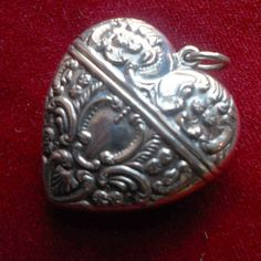 Silver sterling heart box pendant by lesjardinsdeleanor on Etsy, $80.00