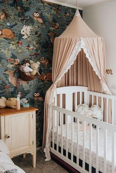 52 Adorable Nursery Design and Decor ideas for your Little Baby Decoration., 52 Adorable Nursery Design and Decor ideas for your Little Baby Decoration. Pastel Girls Room, Grey Girls Rooms, Girl Rooms, Pink Room, Girls Room Design, Nursery Design, Nursery Layout, Baby Design, Design Bedroom