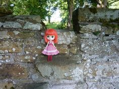 https://flic.kr/p/wYKN4E   Saffy Skadi wants to go over and visit the church!   These stone steps go over the wall to the church,