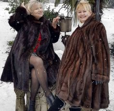 Fur Fashion, Womens Fashion, Mink Coats, Cute Animals, Group Shots, Warm, Jackets, Snow, Coats