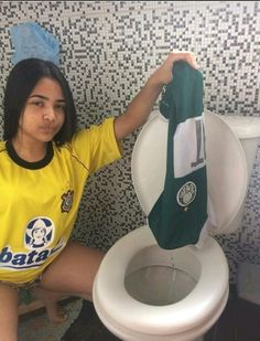 Corinthians Time, Asa Butterfield, Soccer, Boys, Football Jokes, Football Memes, Sports Humor, Photo Poses, Letters