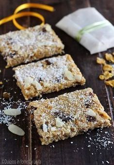 Barrette ai cereali e mele Dulcisss in forno by Leyla Fall Recipes, Sweet Recipes, Skinny Cookies, Biscuits, Wonderful Recipe, World Recipes, Cooking Time, Love Food, Sweet Treats