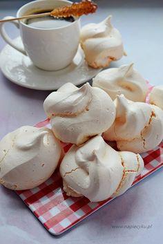Cookie Recipes, Dessert Recipes, Desserts, Pineapple Coconut Bread, Meringue Cake, Sweets Cake, Polish Recipes, Food Cakes, Pavlova
