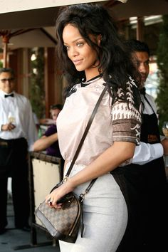 Rihanna With Louis Vuitton Damiere Ebene Alma Bb Bag Bad Gal 2017