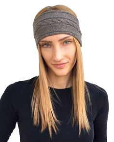 Women cashmere headband in pure italian cashmere, Made in Italy. Warm Headbands, Headbands For Women, Christmas Accessories, Winter Accessories, Christmas Gifts For Women, Christmas Eve, Cashmere Beanie, Cashmere Color, Cold Weather Outfits