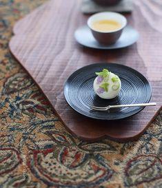 today, I made japanese confectionery NERIKIRI which express grape😊😊😊 ▫️▫️▫️▫️▫️▫️▫️▫️▫️▫️▫️▫️▫️▫️▫️▫️▫️▫️ 去年は秋の気配を感じてすぐ、…