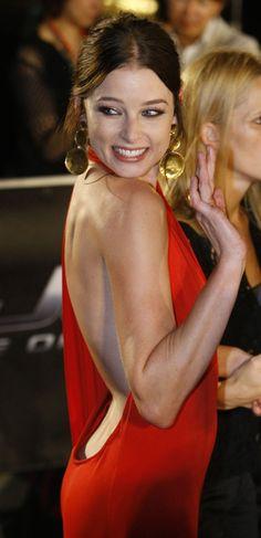 Gorgeous Rachel Nichols - star of scifi tv show Continuum