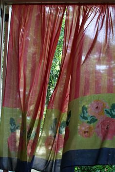 http://www.lisacorti.com/shop/it/1120-curtains